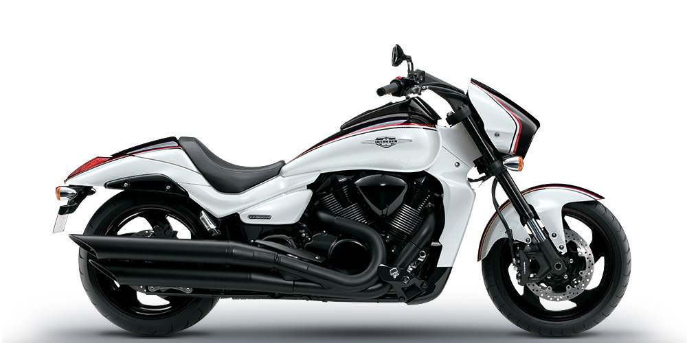 Intruder M1800R Limited Edition white
